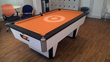 pool table logo