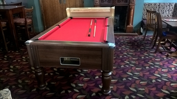 7ft pool table after