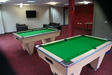 6ft pool table revover crewe