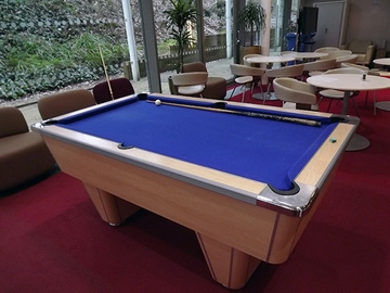 6ft pool table recovering cheltenham